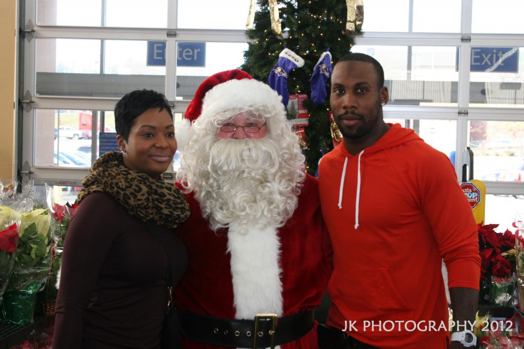 Anquan Boldin makes holidays brighter for 75 students with shopping spree
