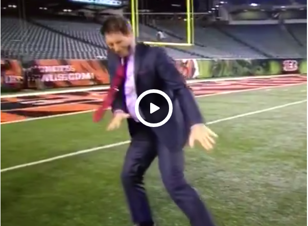 Steve Young Does Ray Lewis Dance