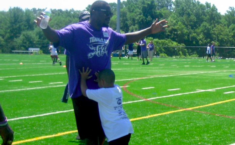 Jameel McClain to Host Free Camp