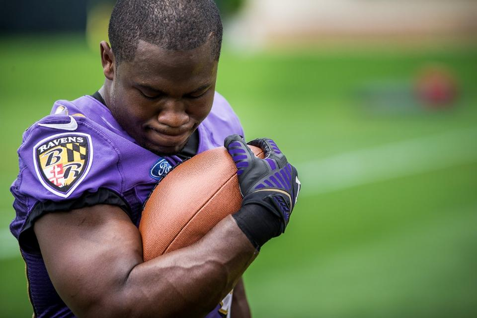 Forsett-whistling-football