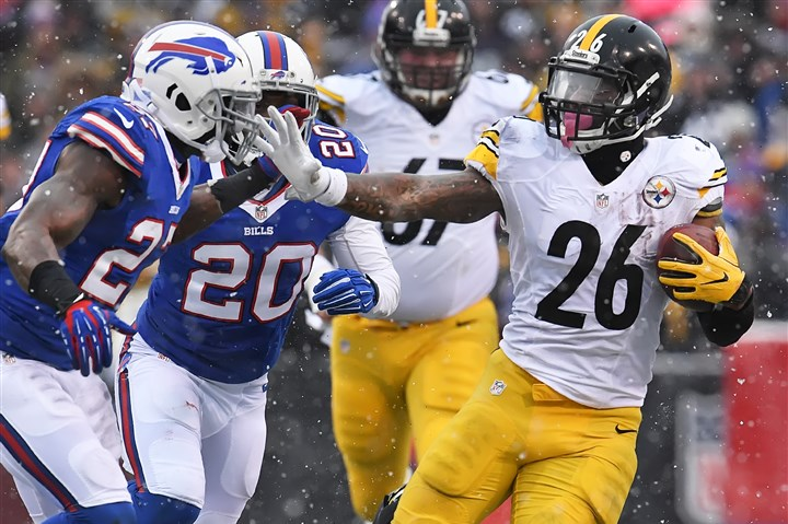Bell Lifts Steelers to Top of AFC North