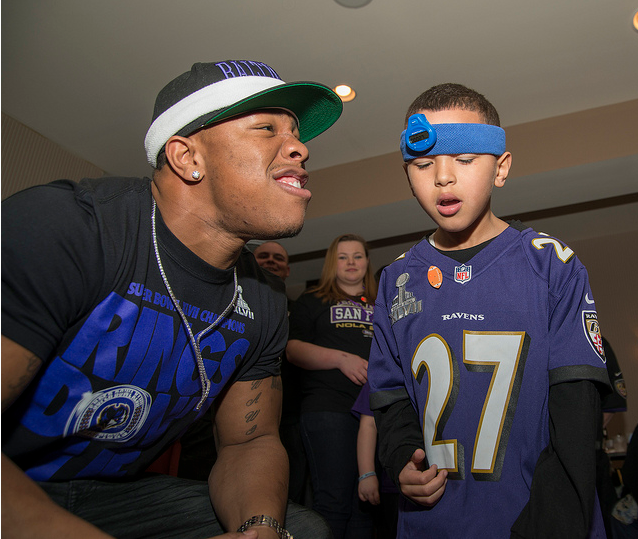 1,124 Ravens fans owe Ray Rice an apology
