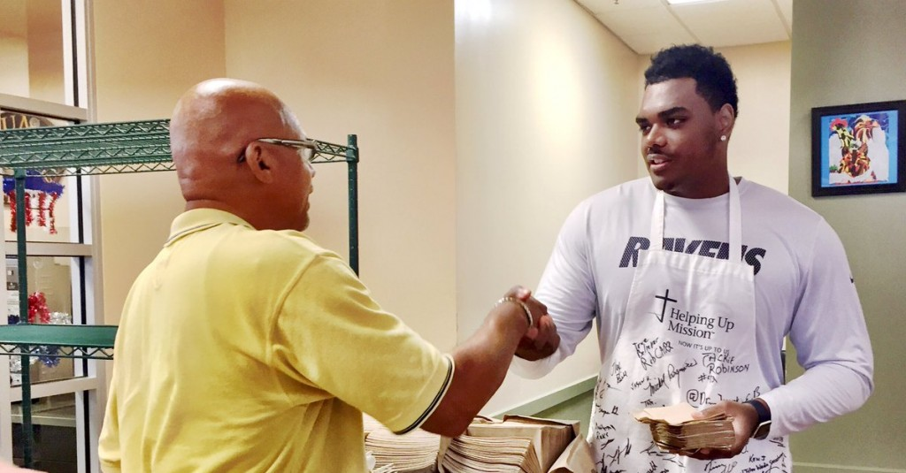 Ravens Rookies Help the Homeless