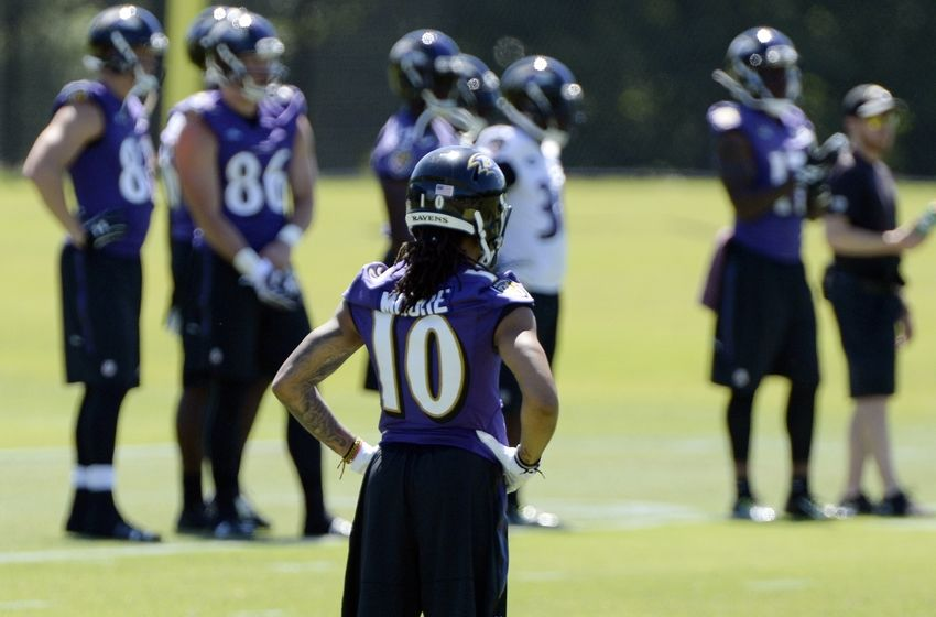 WRs Shaky, but Moore, Snead Impress