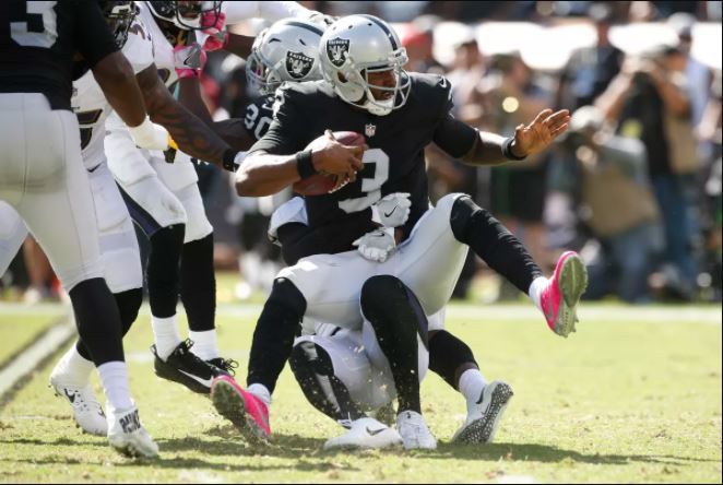 Defense Bottles Up Raiders' Attack