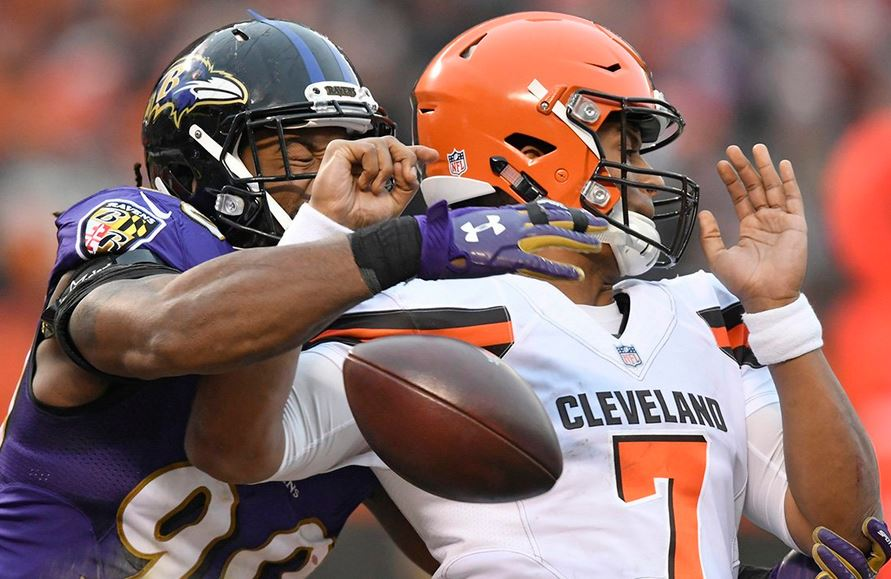 Ravens Win in Cleveland, 27-10