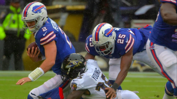 Tavon Young sacks Bills QB Nathan Peterman.