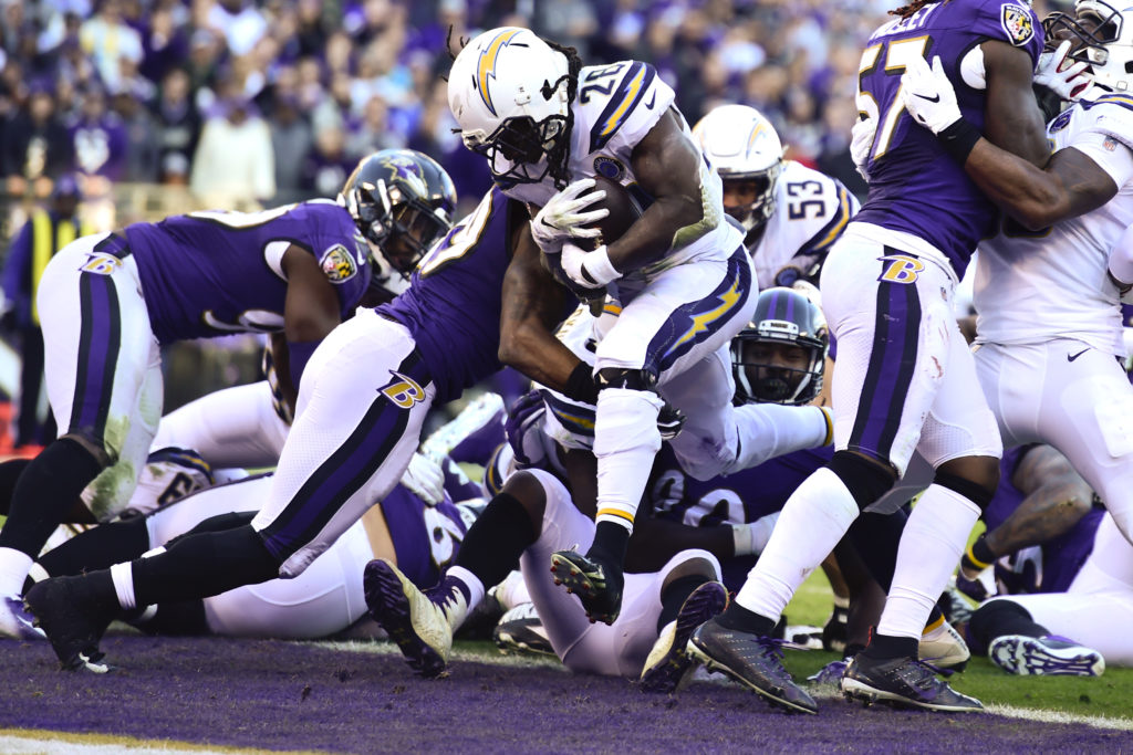 Ravens Can't Keep Pace With Chargers